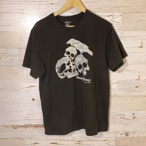 Skull Halloween graphic tee